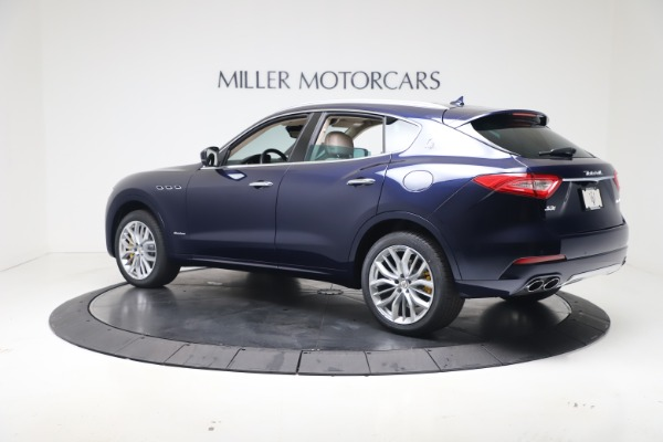 New 2020 Maserati Levante S Q4 GranLusso for sale $97,335 at McLaren Greenwich in Greenwich CT 06830 4