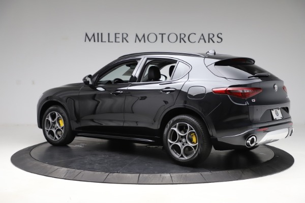 New 2020 Alfa Romeo Stelvio Sport Q4 for sale $49,695 at McLaren Greenwich in Greenwich CT 06830 4