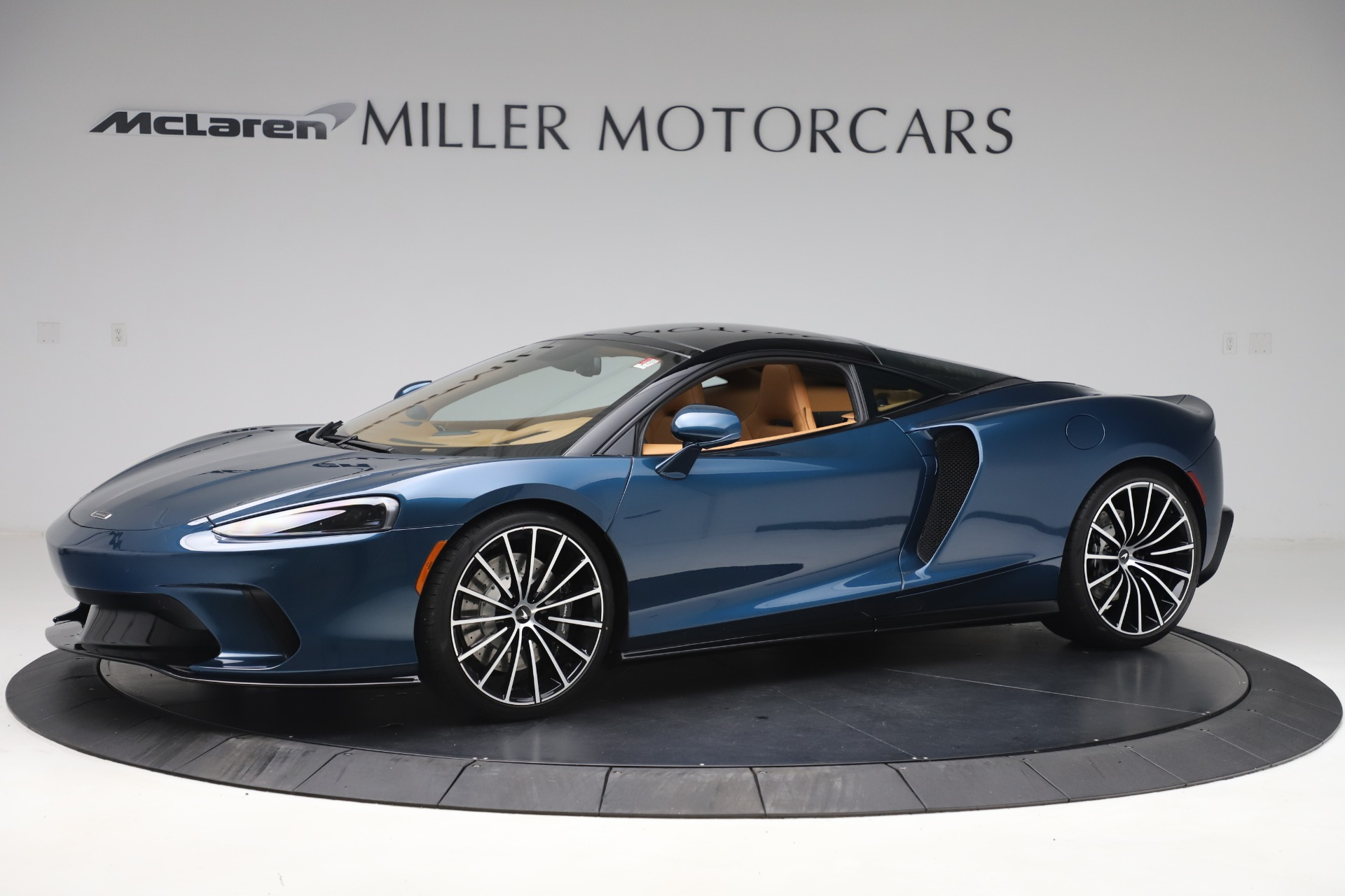 New 2020 McLaren GT Luxe for sale $236,675 at McLaren Greenwich in Greenwich CT 06830 1