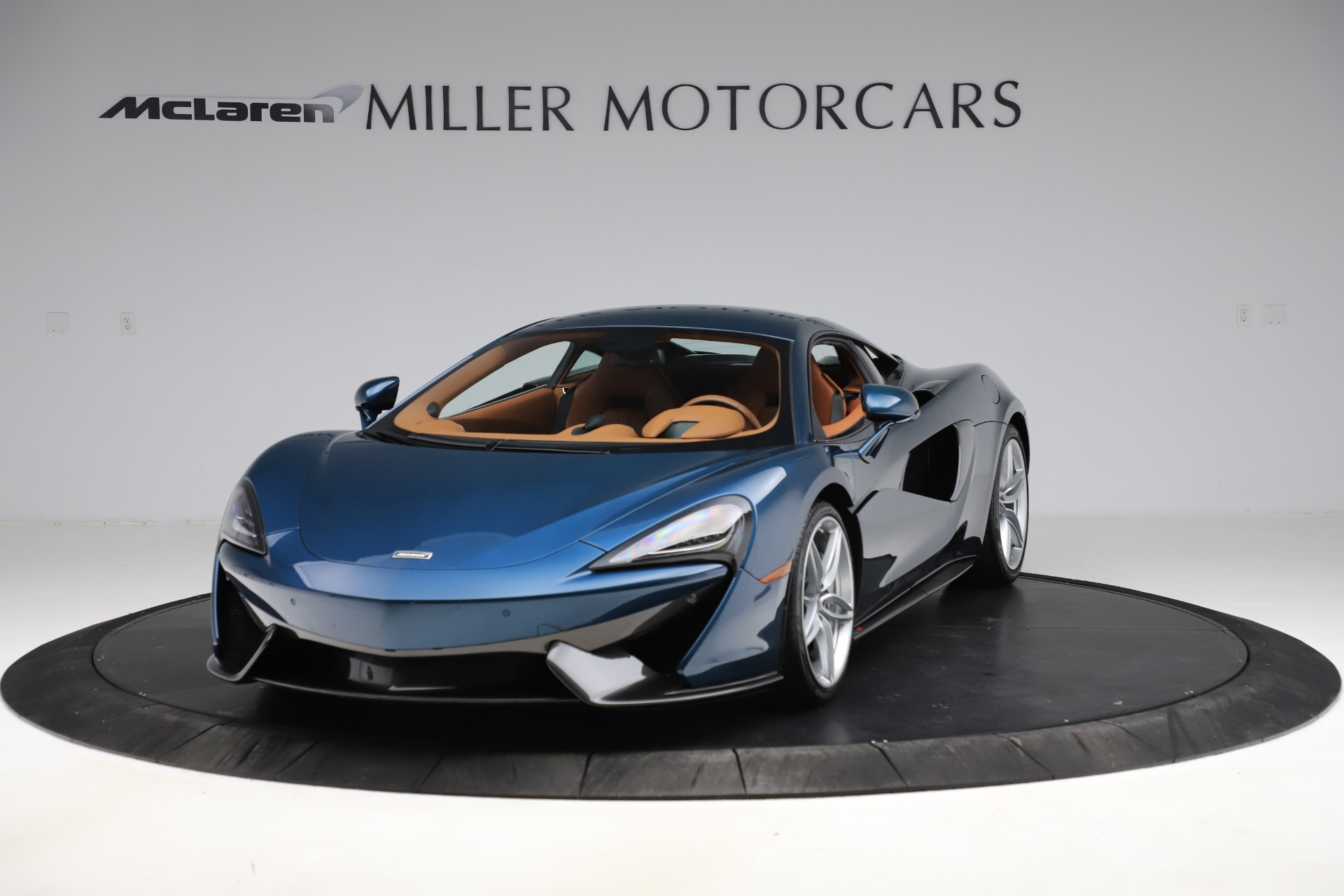 Used 2017 McLaren 570S for sale $149,900 at McLaren Greenwich in Greenwich CT 06830 1