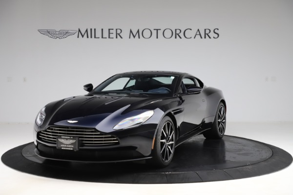 Used 2017 Aston Martin DB11 V12 for sale $129,900 at McLaren Greenwich in Greenwich CT 06830 2