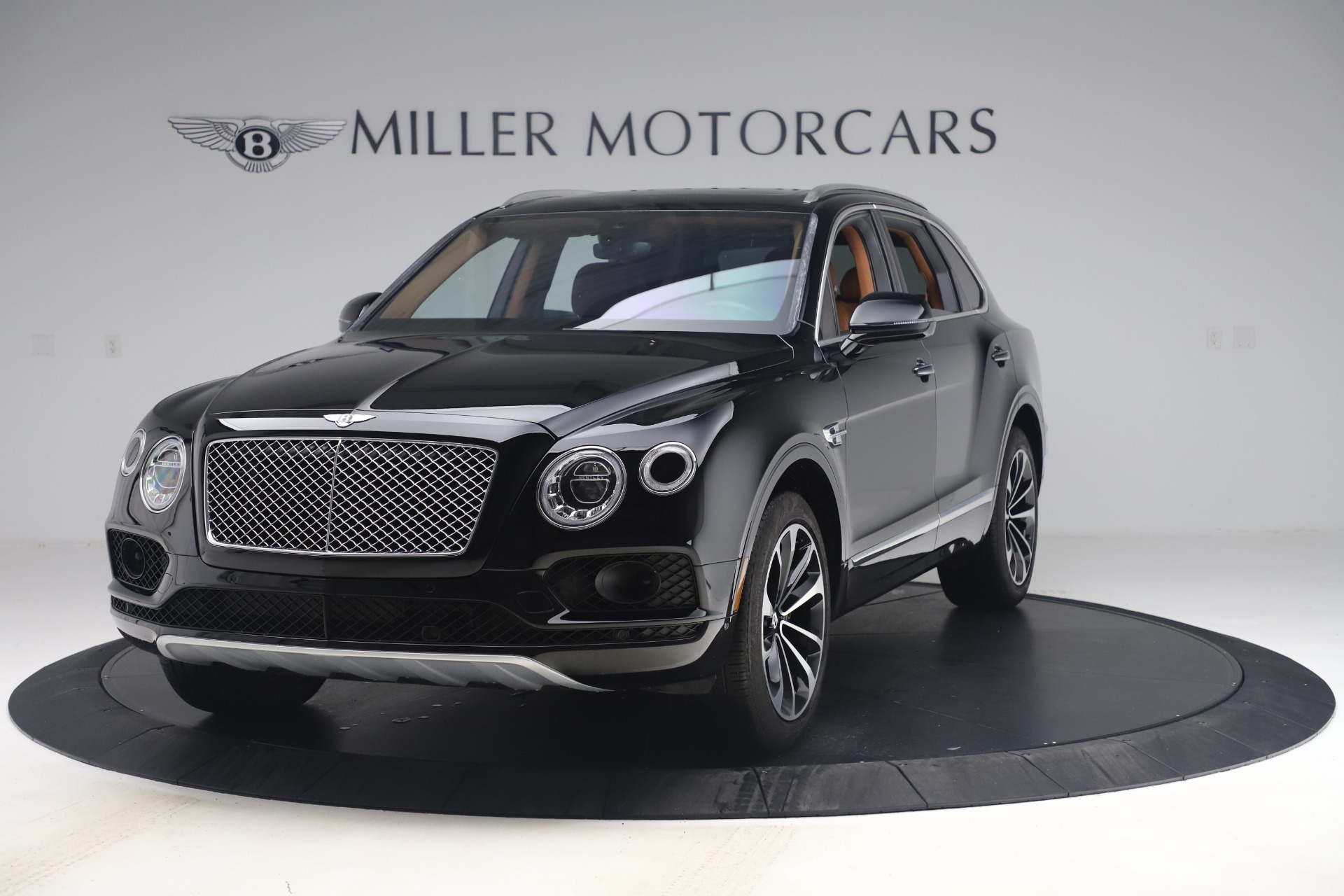 Used 2017 Bentley Bentayga W12 for sale $149,900 at McLaren Greenwich in Greenwich CT 06830 1