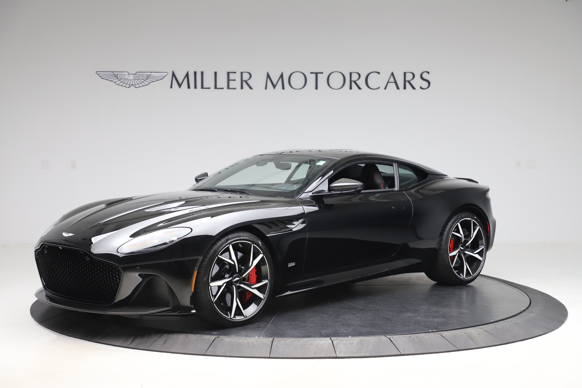 Pre Owned 2019 Aston Martin Dbs Superleggera For Sale Special Pricing Mclaren Greenwich Stock 7834