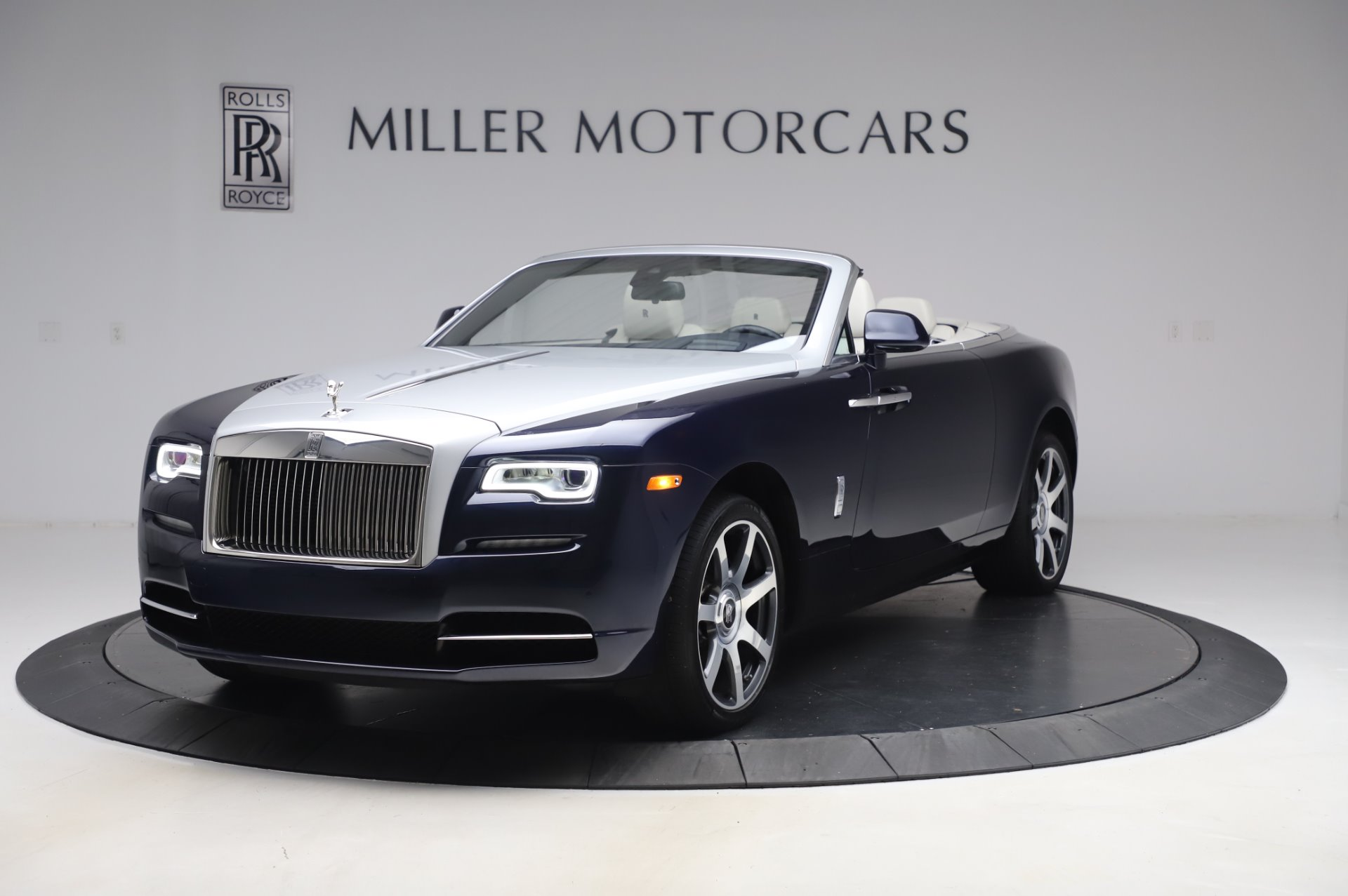 Used 2017 Rolls-Royce Dawn for sale $249,900 at McLaren Greenwich in Greenwich CT 06830 1