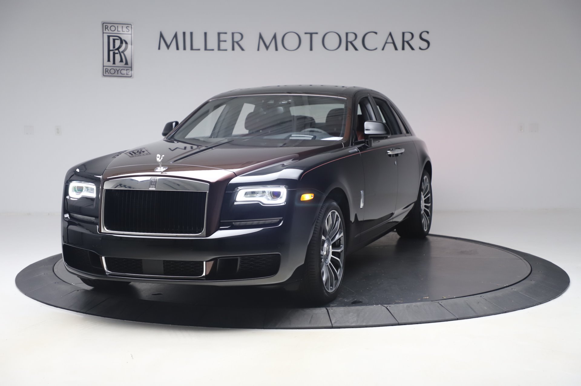 New 2020 Rolls-Royce Ghost for sale $450,450 at McLaren Greenwich in Greenwich CT 06830 1