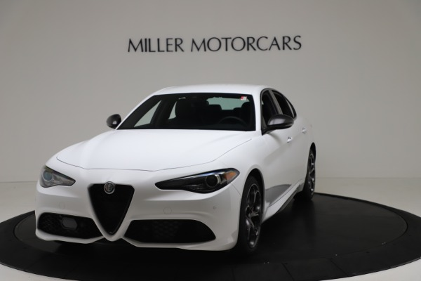 New 2020 Alfa Romeo Giulia Ti Sport Carbon Q4 for sale $51,640 at McLaren Greenwich in Greenwich CT 06830 1