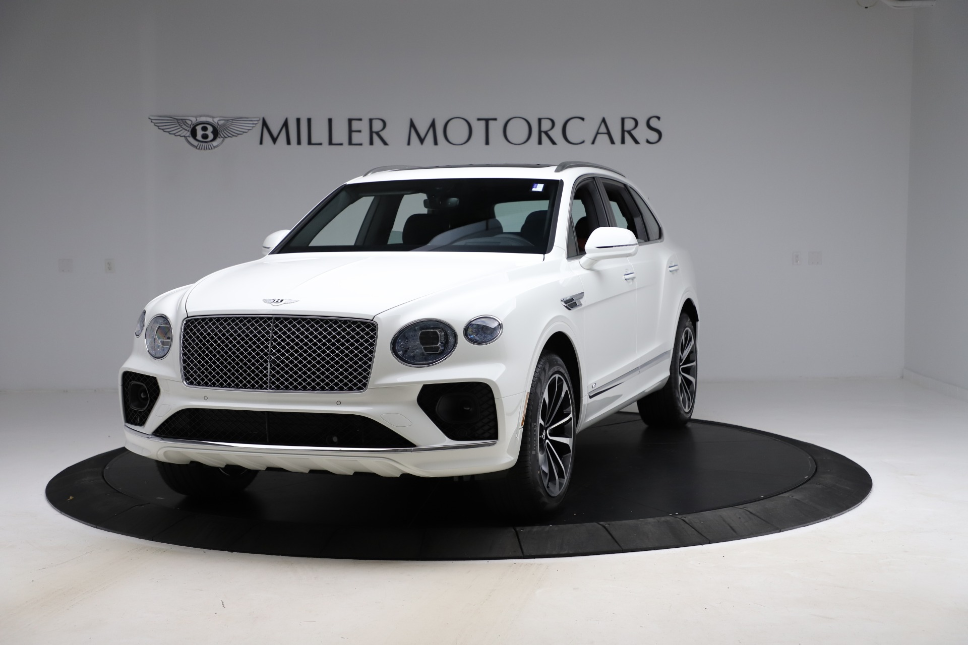 New 2021 Bentley Bentayga V8 for sale Sold at McLaren Greenwich in Greenwich CT 06830 1