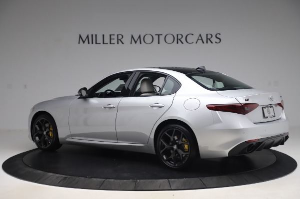 New 2020 Alfa Romeo Giulia Sport Q4 for sale $48,795 at McLaren Greenwich in Greenwich CT 06830 4