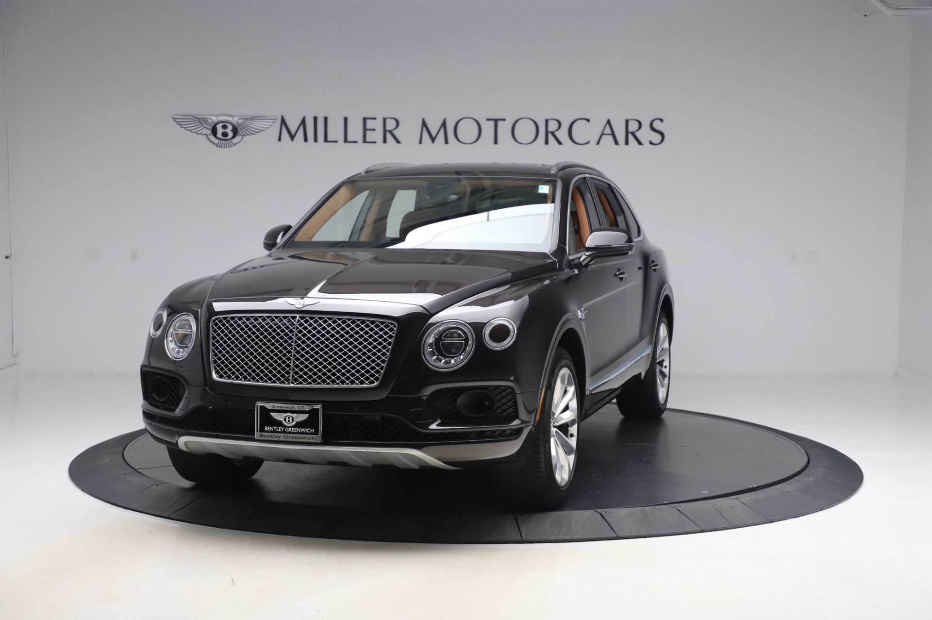 Used 2017 Bentley Bentayga W12 for sale $138,900 at McLaren Greenwich in Greenwich CT 06830 1