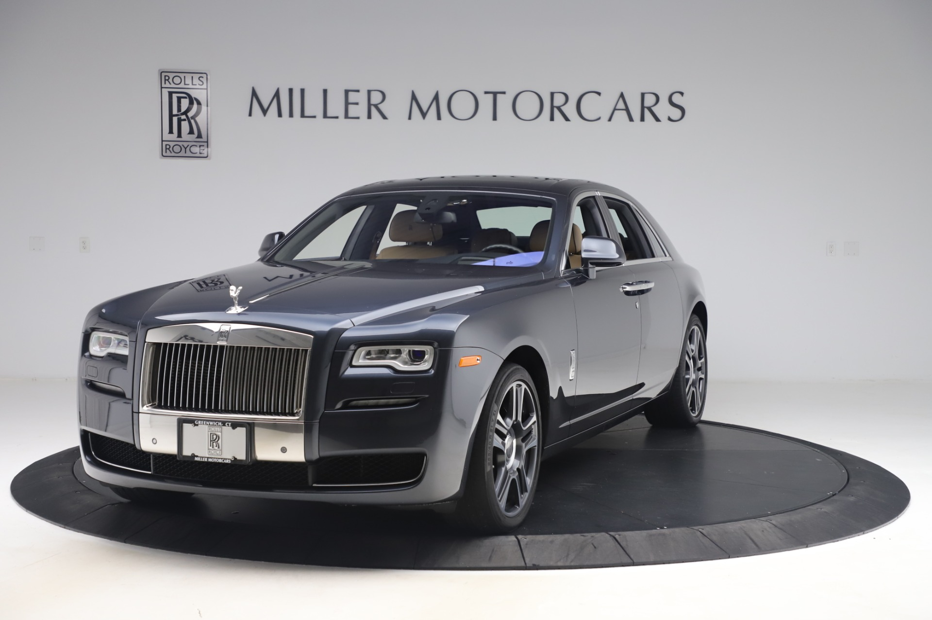 Used 2016 Rolls-Royce Ghost for sale $177,900 at McLaren Greenwich in Greenwich CT 06830 1