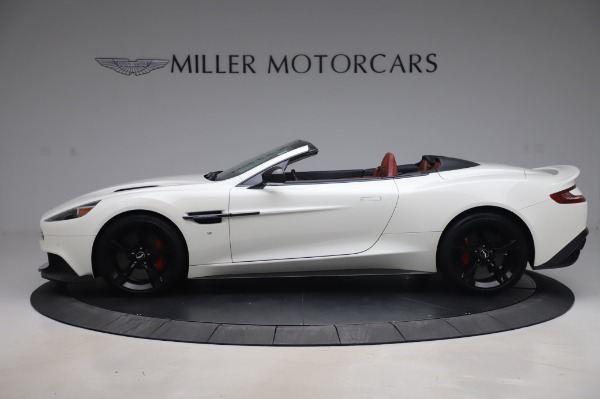 Used 2018 Aston Martin Vanquish S Volante for sale $183,900 at McLaren Greenwich in Greenwich CT 06830 2
