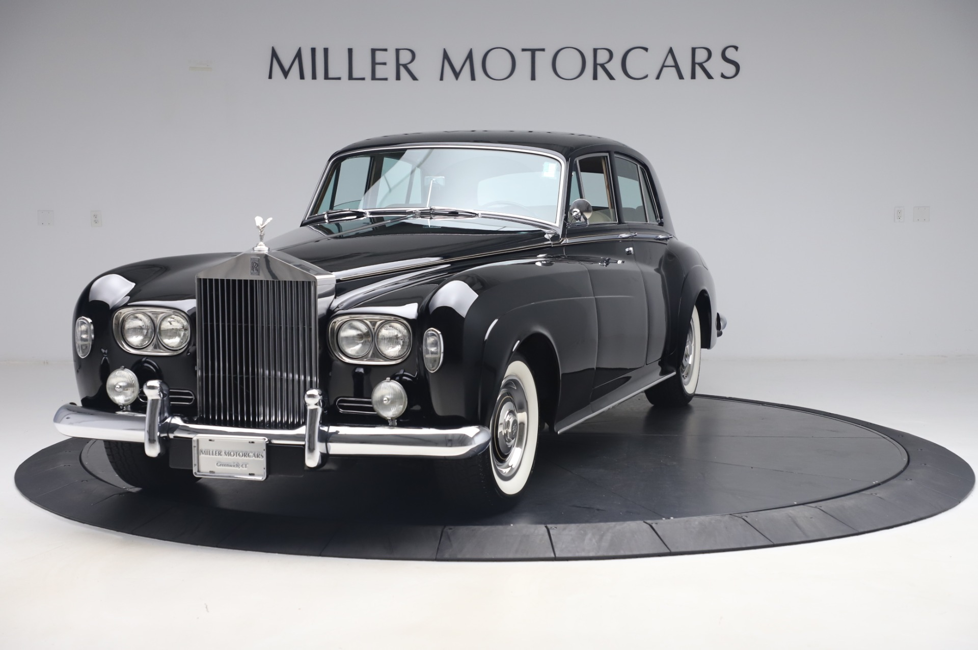 Used 1965 Rolls-Royce Silver Cloud III for sale $99,900 at McLaren Greenwich in Greenwich CT 06830 1