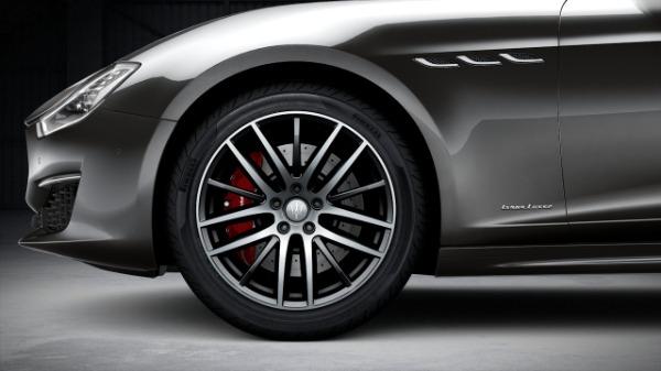 New 2020 Maserati Ghibli S Q4 GranLusso for sale $91,435 at McLaren Greenwich in Greenwich CT 06830 3