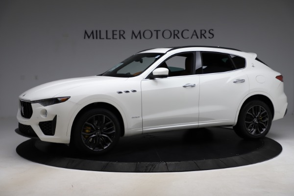 New 2020 Maserati Levante Q4 GranSport for sale $84,285 at McLaren Greenwich in Greenwich CT 06830 2