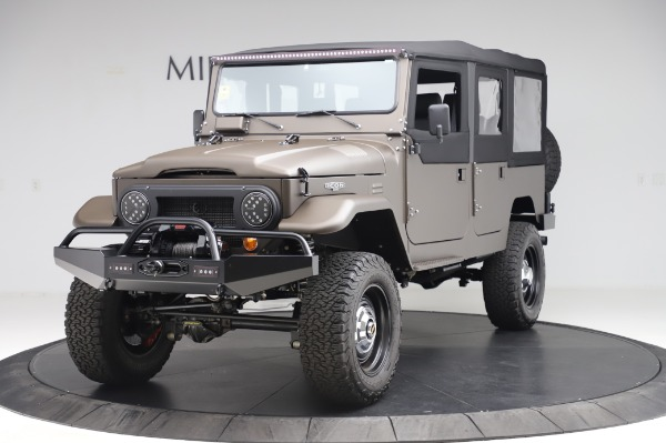 Used 1974 Toyota FJ44 Icon for sale $249,900 at McLaren Greenwich in Greenwich CT 06830 1