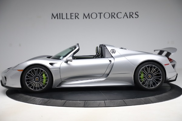 Used 2015 Porsche 918 Spyder for sale $1,355,900 at McLaren Greenwich in Greenwich CT 06830 3