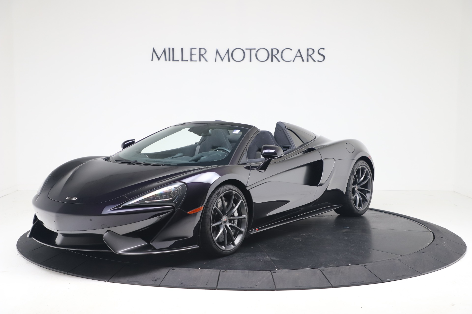 Used 2019 McLaren 570S Spider Convertible for sale $189,900 at McLaren Greenwich in Greenwich CT 06830 1