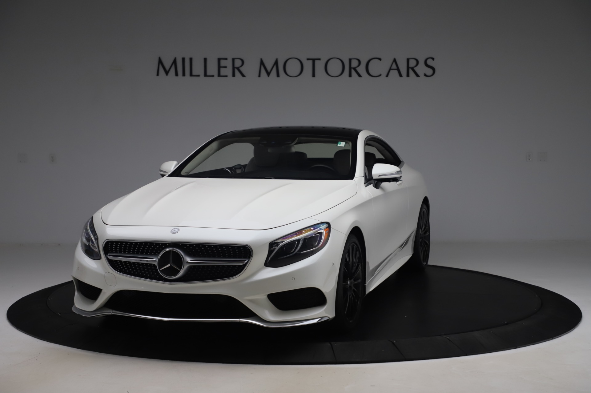 Used 2015 Mercedes-Benz S-Class S 550 4MATIC for sale Sold at McLaren Greenwich in Greenwich CT 06830 1