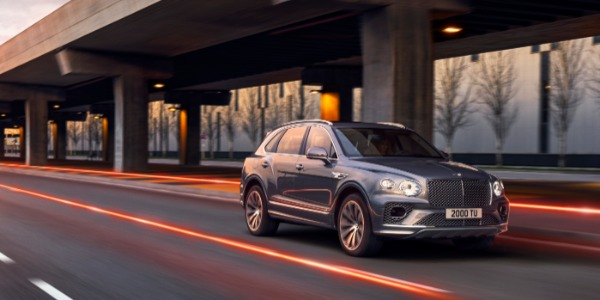 New 2021 Bentley Bentayga V8 for sale Call for price at McLaren Greenwich in Greenwich CT 06830 2