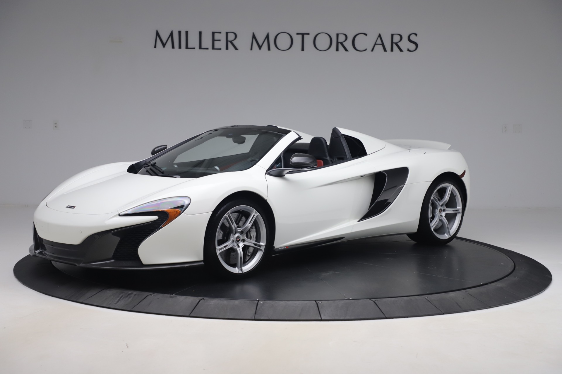 Used 2016 McLaren 650S Spider for sale $152,900 at McLaren Greenwich in Greenwich CT 06830 1