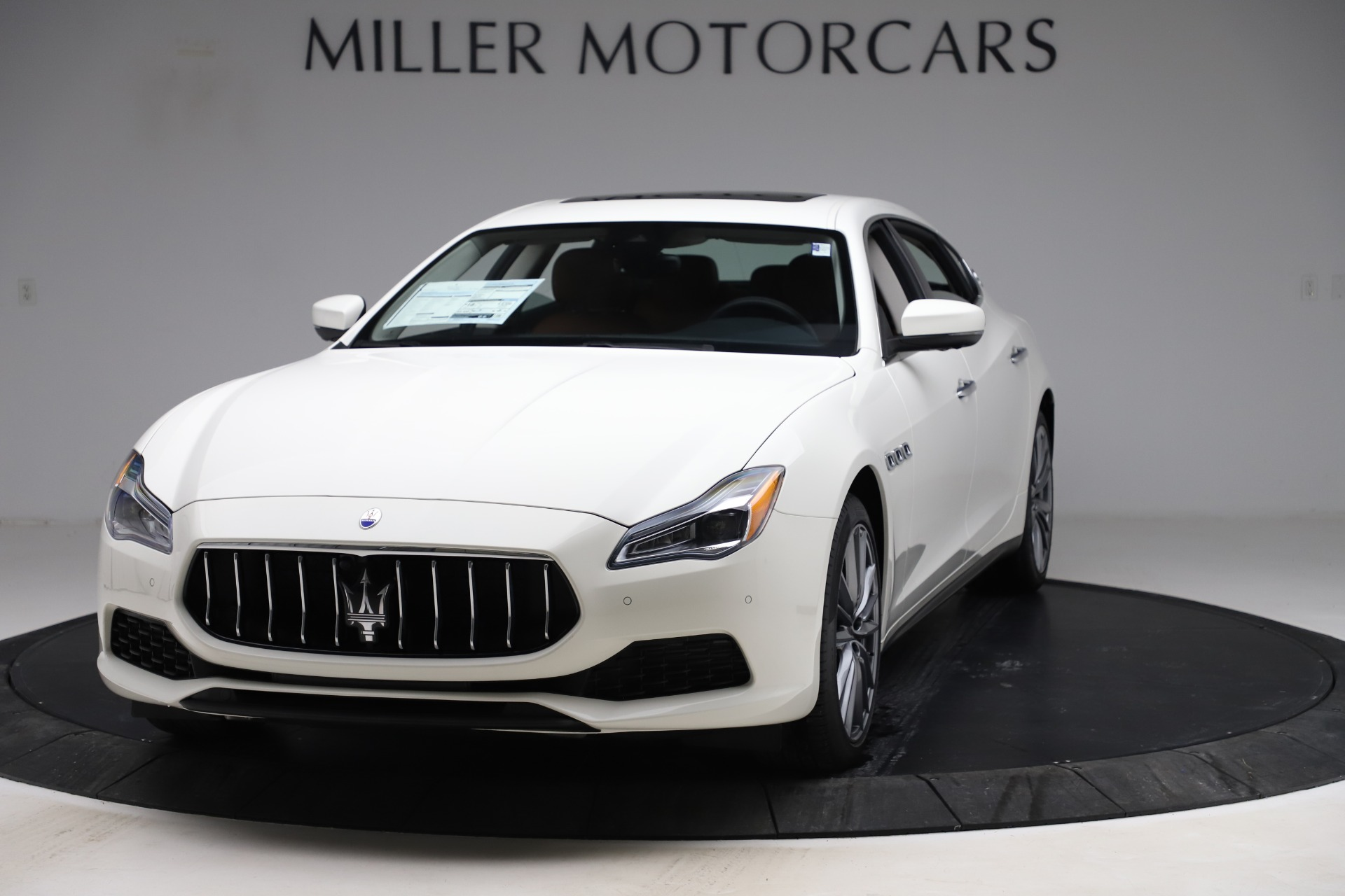 New 2020 Maserati Quattroporte S Q4 for sale $109,895 at McLaren Greenwich in Greenwich CT 06830 1