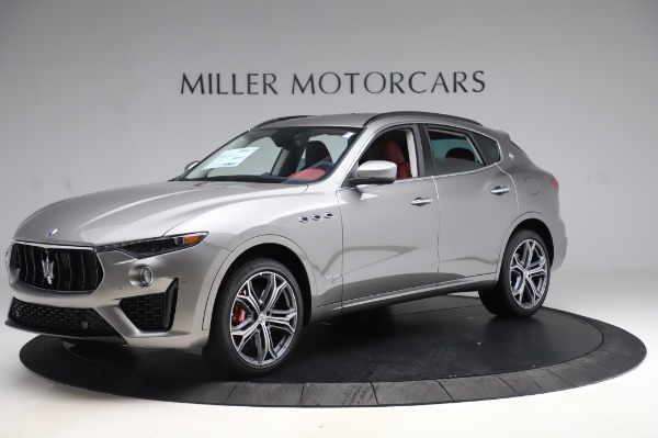 New 2020 Maserati Levante S Q4 GranSport for sale $104,635 at McLaren Greenwich in Greenwich CT 06830 2