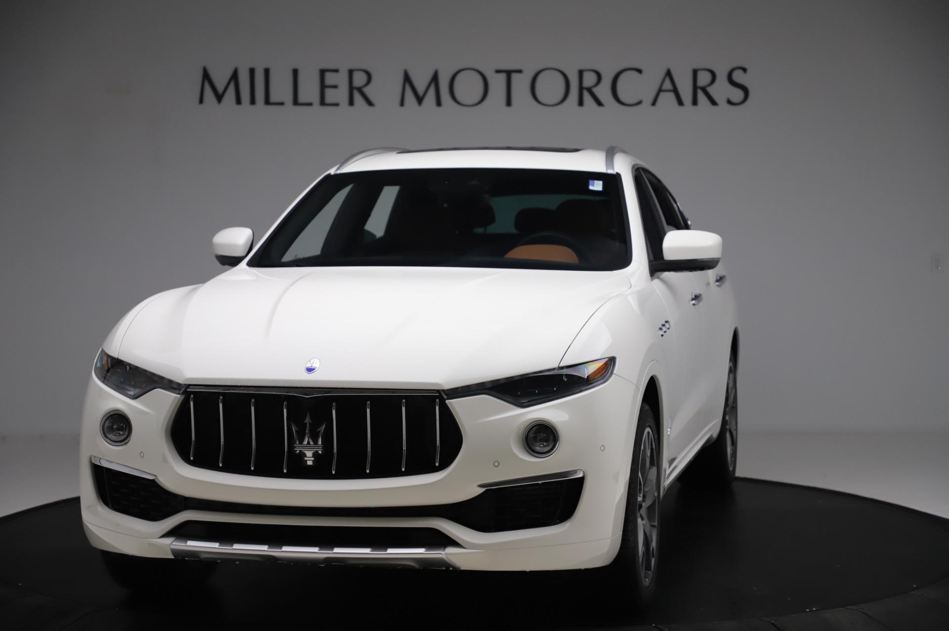 New 2020 Maserati Levante Q4 GranLusso for sale $87,449 at McLaren Greenwich in Greenwich CT 06830 1