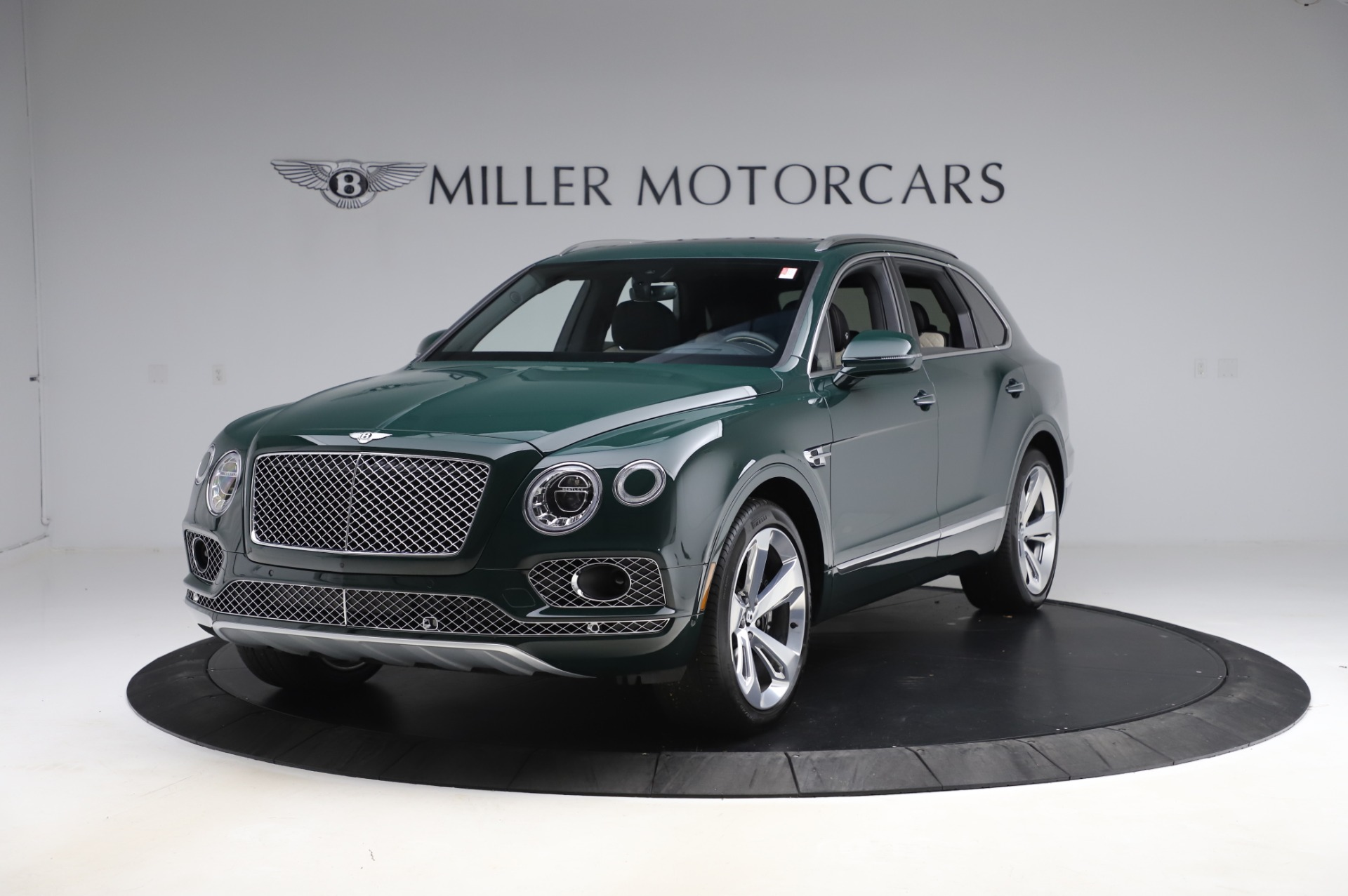 New 2020 Bentley Bentayga V8 for sale $189,900 at McLaren Greenwich in Greenwich CT 06830 1
