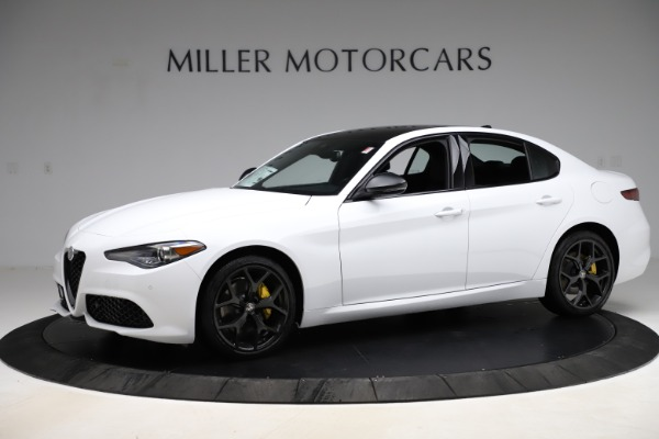 New 2020 Alfa Romeo Giulia Sport Q4 for sale $50,345 at McLaren Greenwich in Greenwich CT 06830 2
