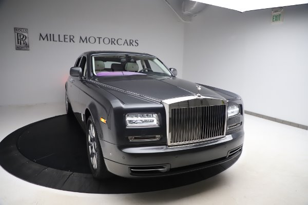 Used 2014 Rolls-Royce Phantom for sale $219,900 at McLaren Greenwich in Greenwich CT 06830 3