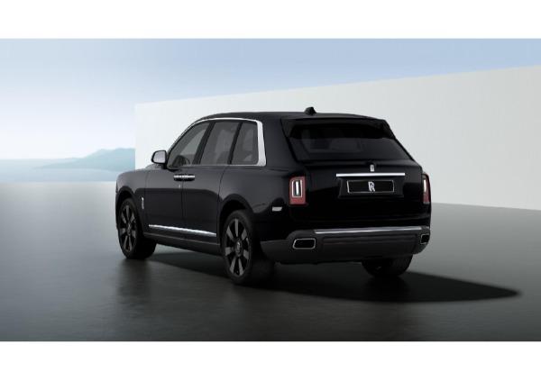 New 2021 Rolls-Royce Cullinan for sale $376,075 at McLaren Greenwich in Greenwich CT 06830 3