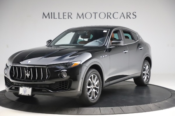 Used 2017 Maserati Levante Q4 for sale $51,900 at McLaren Greenwich in Greenwich CT 06830 2