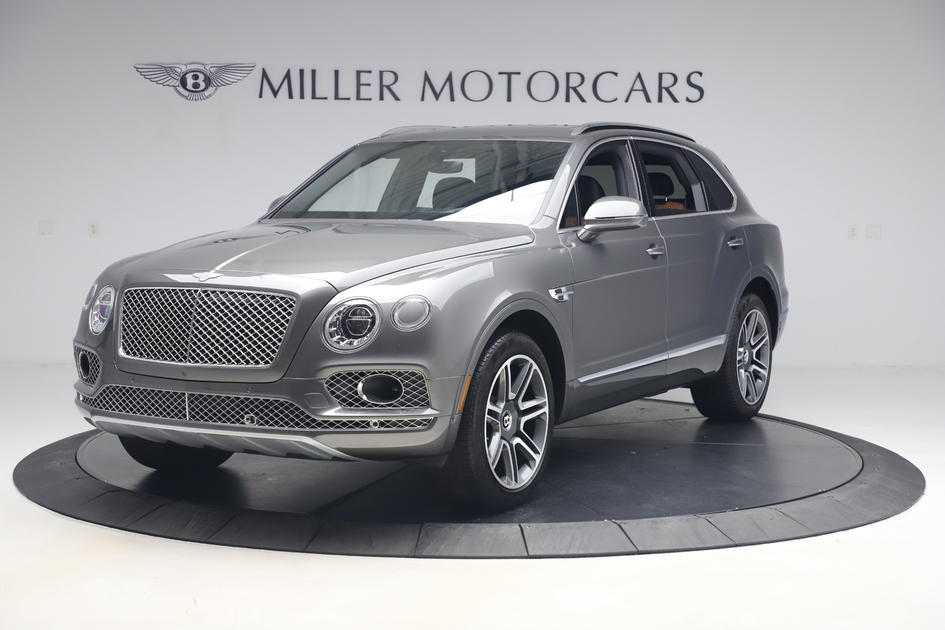 Used 2018 Bentley Bentayga Activity Edition for sale $156,900 at McLaren Greenwich in Greenwich CT 06830 1