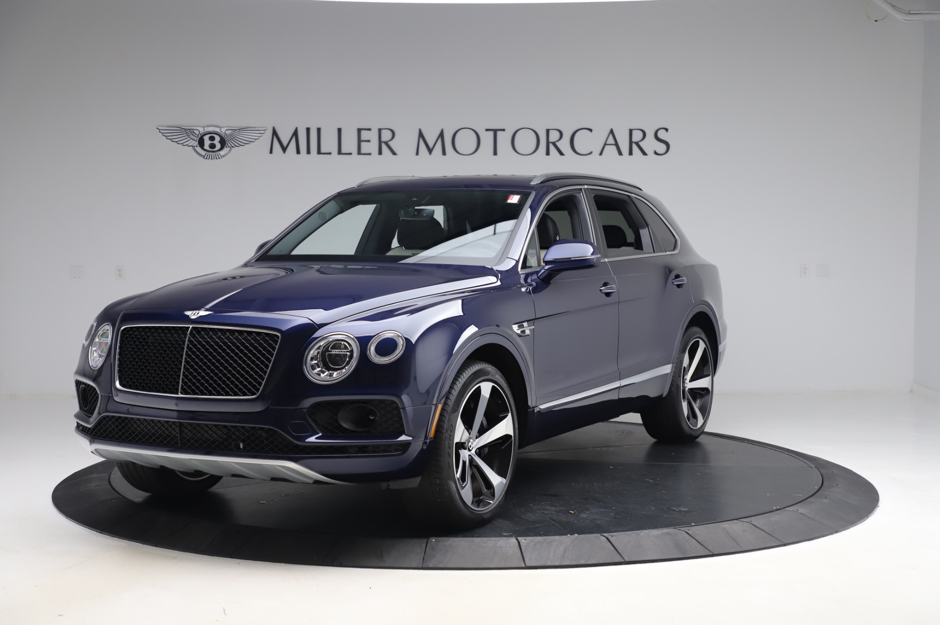 Used 2020 Bentley Bentayga V8 for sale Call for price at McLaren Greenwich in Greenwich CT 06830 1