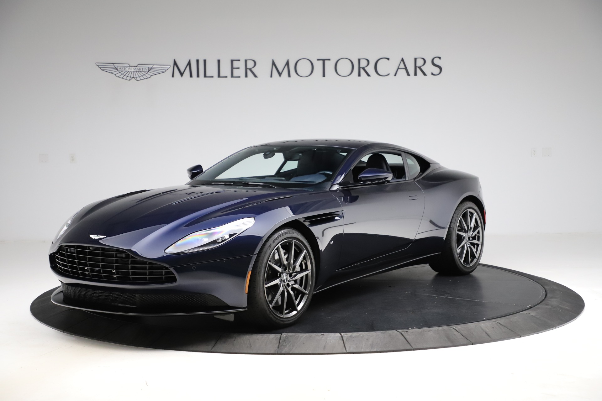 Used 2017 Aston Martin DB11 for sale $159,900 at McLaren Greenwich in Greenwich CT 06830 1