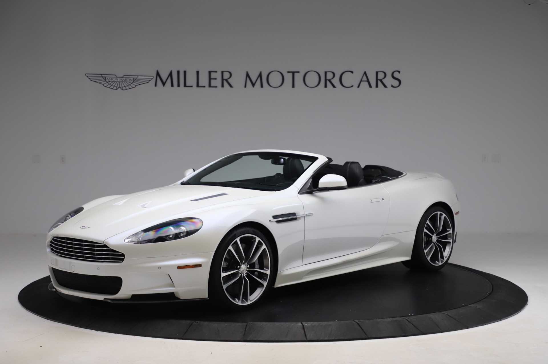 Used 2010 Aston Martin DBS Volante for sale $104,900 at McLaren Greenwich in Greenwich CT 06830 1