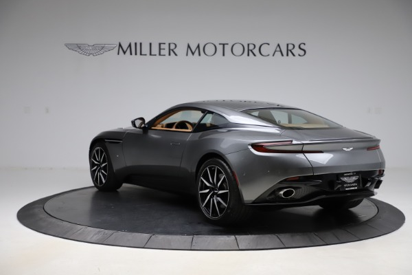 Used 2017 Aston Martin DB11 for sale $155,900 at McLaren Greenwich in Greenwich CT 06830 4