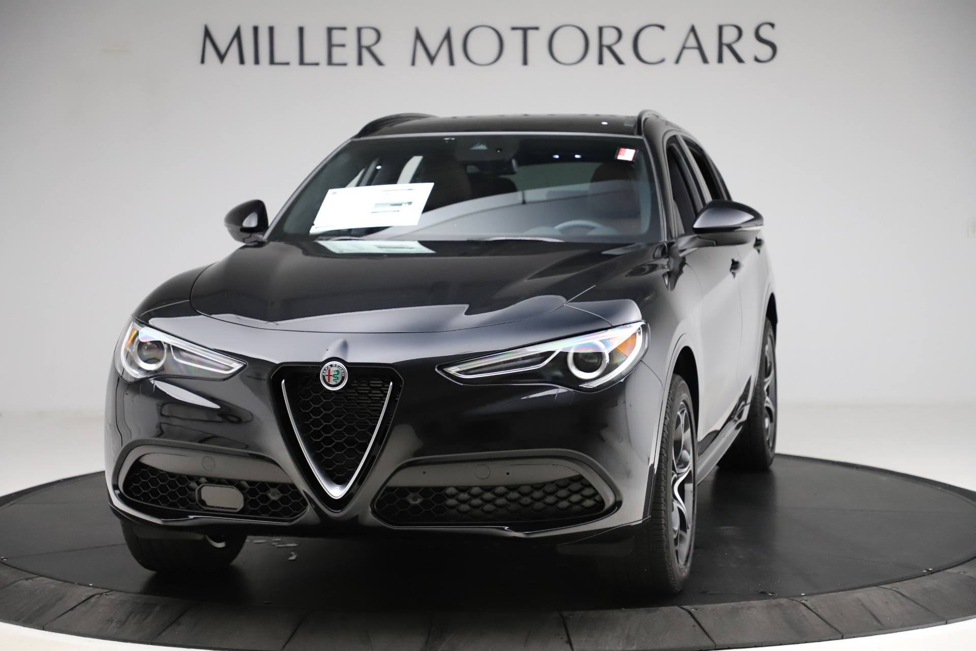 New 2020 Alfa Romeo Stelvio Ti Lusso Q4 for sale $53,995 at McLaren Greenwich in Greenwich CT 06830 1