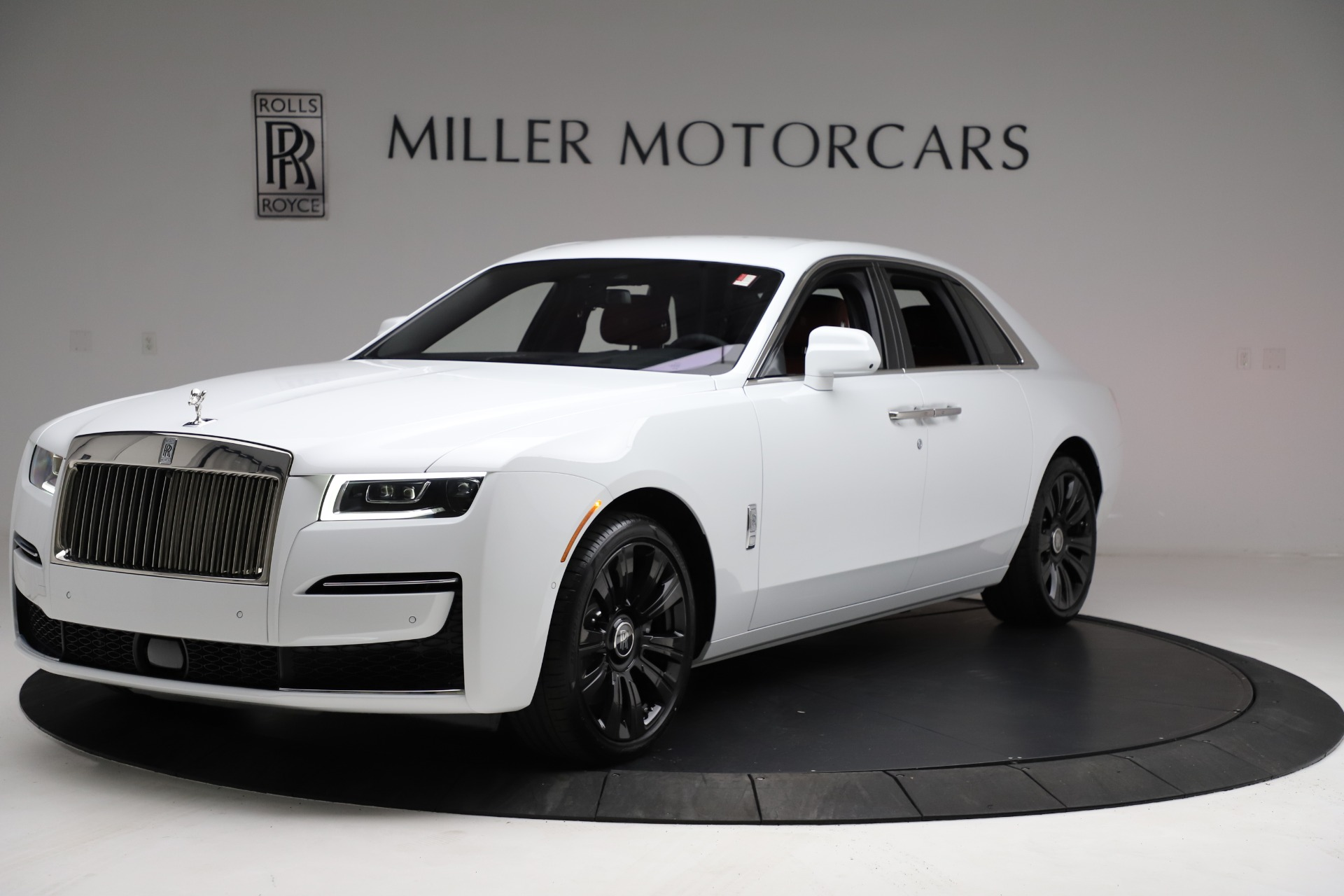 New 2021 Rolls-Royce Ghost for sale $390,400 at McLaren Greenwich in Greenwich CT 06830 1