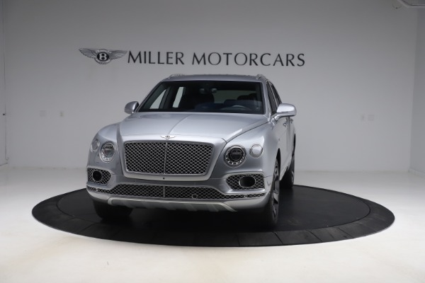 Used 2018 Bentley Bentayga W12 Signature Edition for sale $149,900 at McLaren Greenwich in Greenwich CT 06830 2