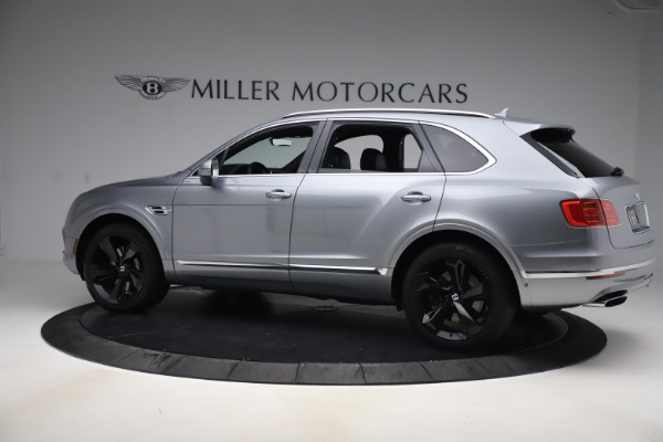 Used 2018 Bentley Bentayga W12 Signature Edition for sale $149,900 at McLaren Greenwich in Greenwich CT 06830 4