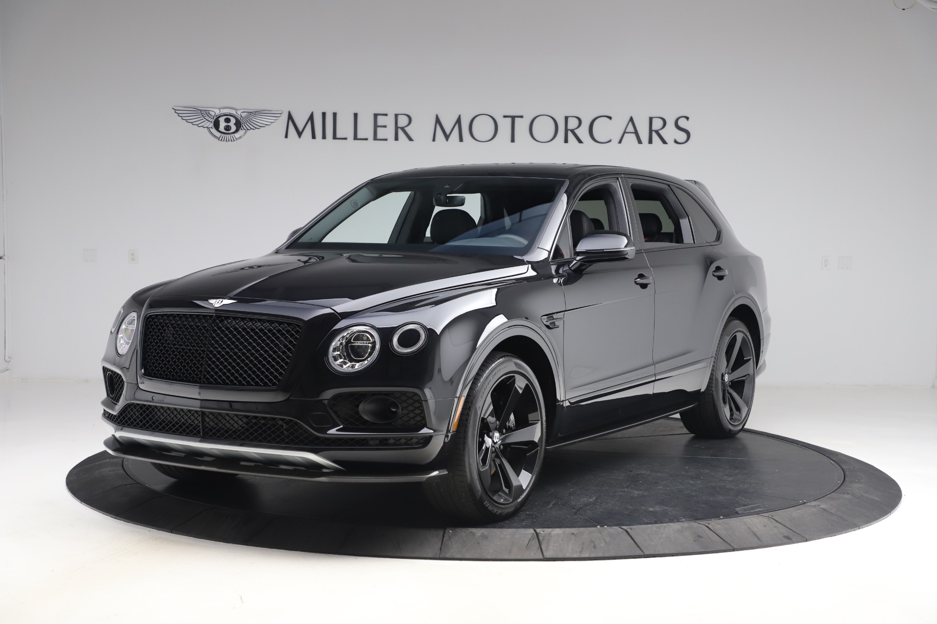 Used 2018 Bentley Bentayga Black Edition for sale $169,900 at McLaren Greenwich in Greenwich CT 06830 1