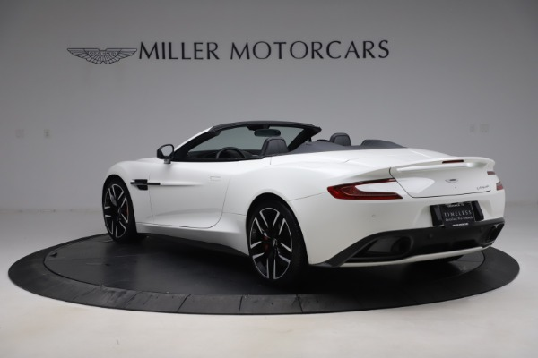 Used 2015 Aston Martin Vanquish Volante for sale $139,900 at McLaren Greenwich in Greenwich CT 06830 4