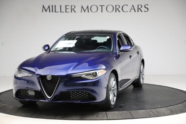 New 2021 Alfa Romeo Giulia Q4 for sale $46,800 at McLaren Greenwich in Greenwich CT 06830 1