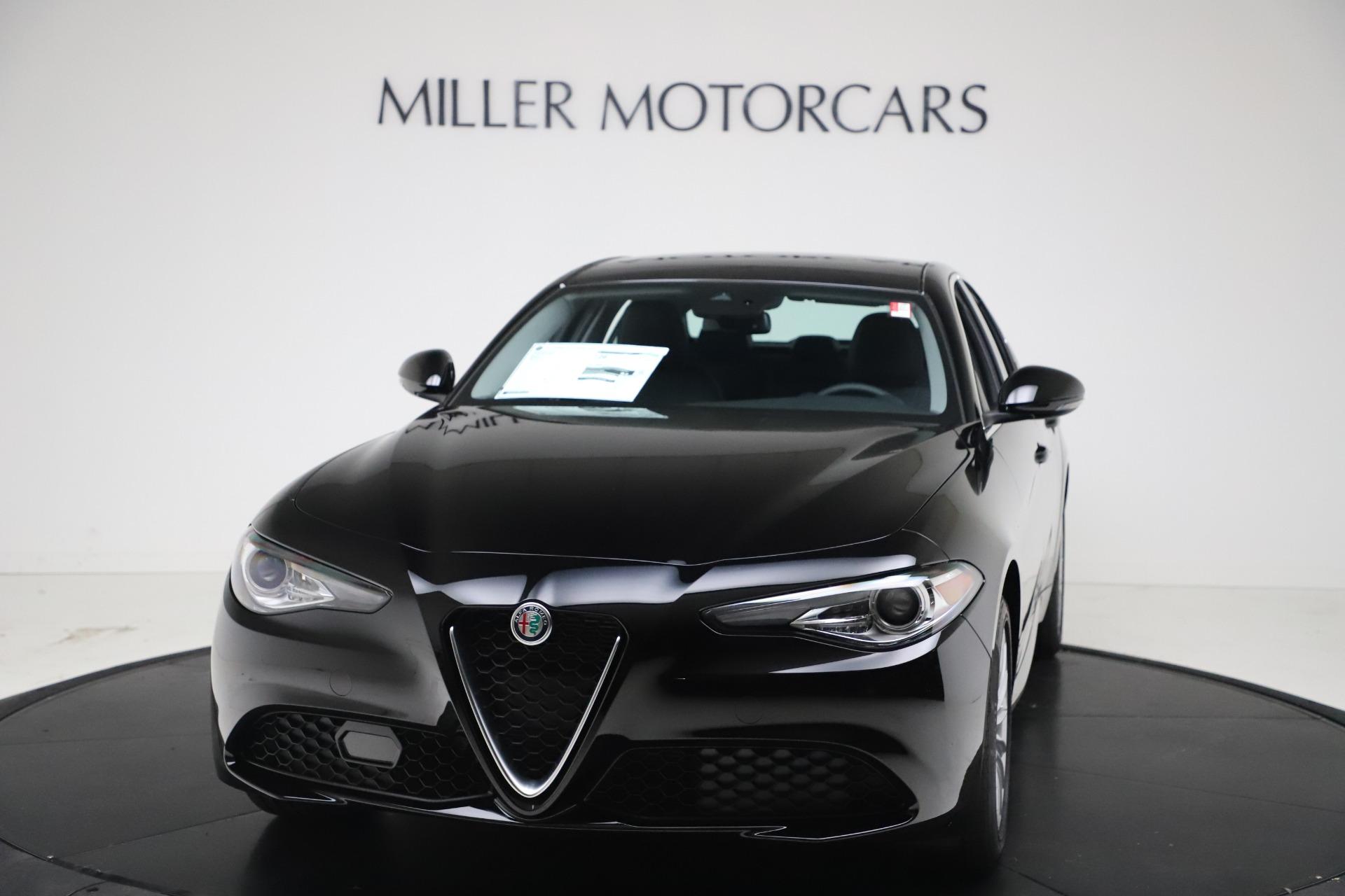 New 2021 Alfa Romeo Giulia Q4 for sale $45,140 at McLaren Greenwich in Greenwich CT 06830 1