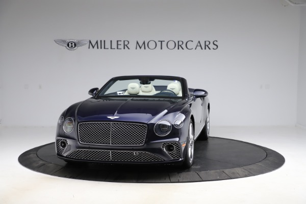 New 2021 Bentley Continental GT V8 for sale $276,830 at McLaren Greenwich in Greenwich CT 06830 2