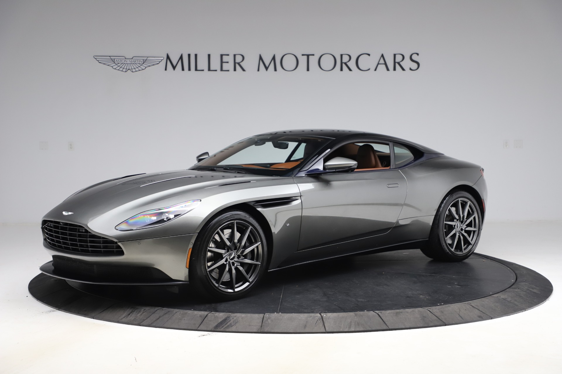 Used 2017 Aston Martin DB11 V12 Coupe for sale $134,900 at McLaren Greenwich in Greenwich CT 06830 1