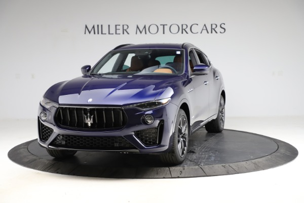 New 2021 Maserati Levante S Q4 GranSport for sale $100,185 at McLaren Greenwich in Greenwich CT 06830 1