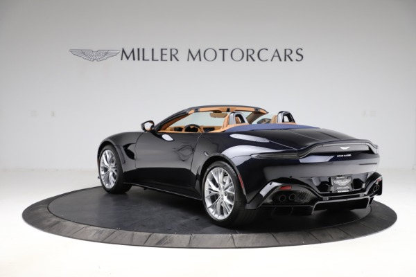 New 2021 Aston Martin Vantage Roadster Convertible for sale $205,686 at McLaren Greenwich in Greenwich CT 06830 4