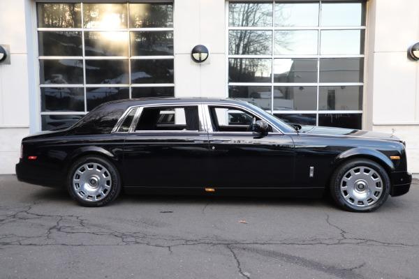 Used 2015 Rolls-Royce Phantom EWB for sale $299,900 at McLaren Greenwich in Greenwich CT 06830 4